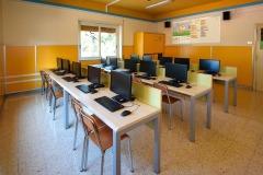 L'aula di informatica della scuola Madre Maria Petković